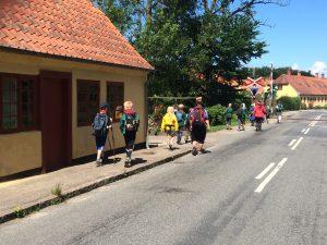 Langs fine gamle huse i Hellebæk